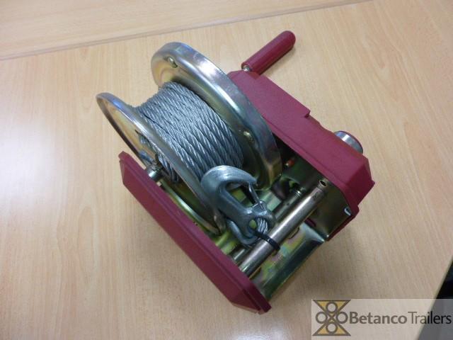 AL handlier 900 kg - handlier geremd met kabel + haak