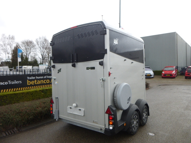 Ifor Williams 2 paards  - HBX - 511